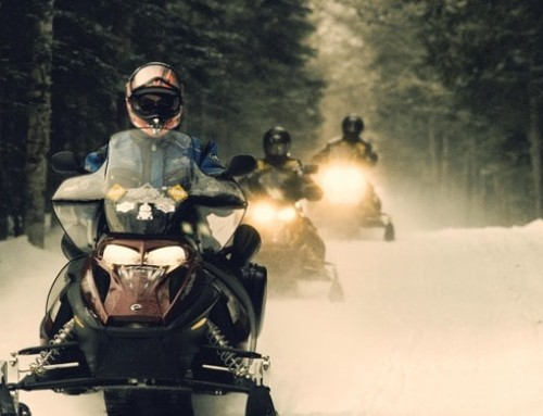 Snowmobile Tips & Safety